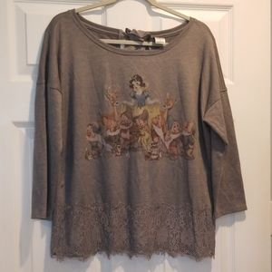 DISNEY x LAUREN CONRAD large snow white blouse